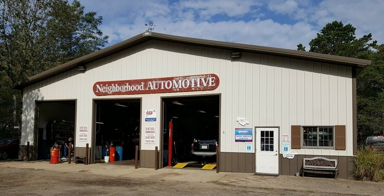 The front of the garage at Neighborhood Auto in Wellfleet